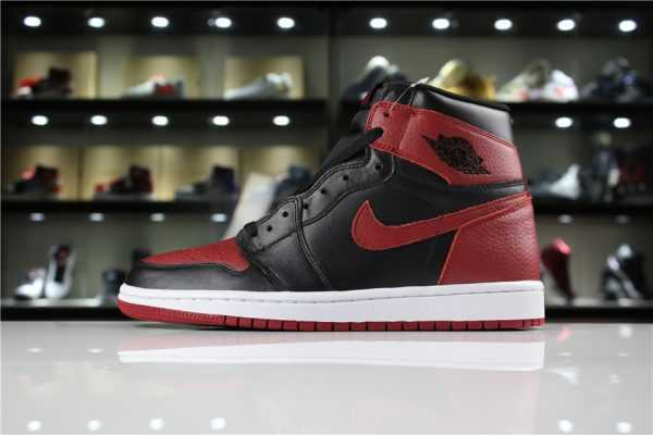 "Men' s Air Jordan 1 High OG ""Banned"" Black/Varsity Red-White 555088-001"